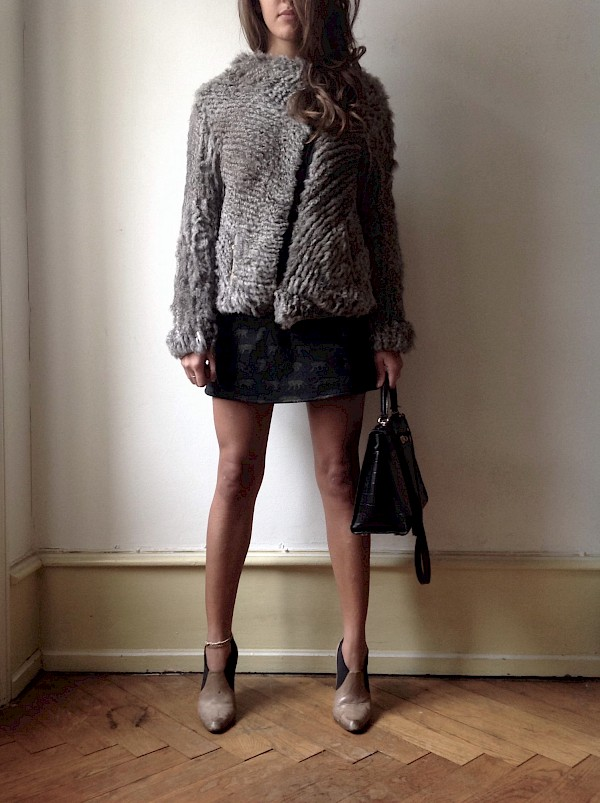 Helmut Lang rabbit fur knit asymmetrical Coat KENZO safari skirt vintage Louboutins ankle boots taupe Kelly '32