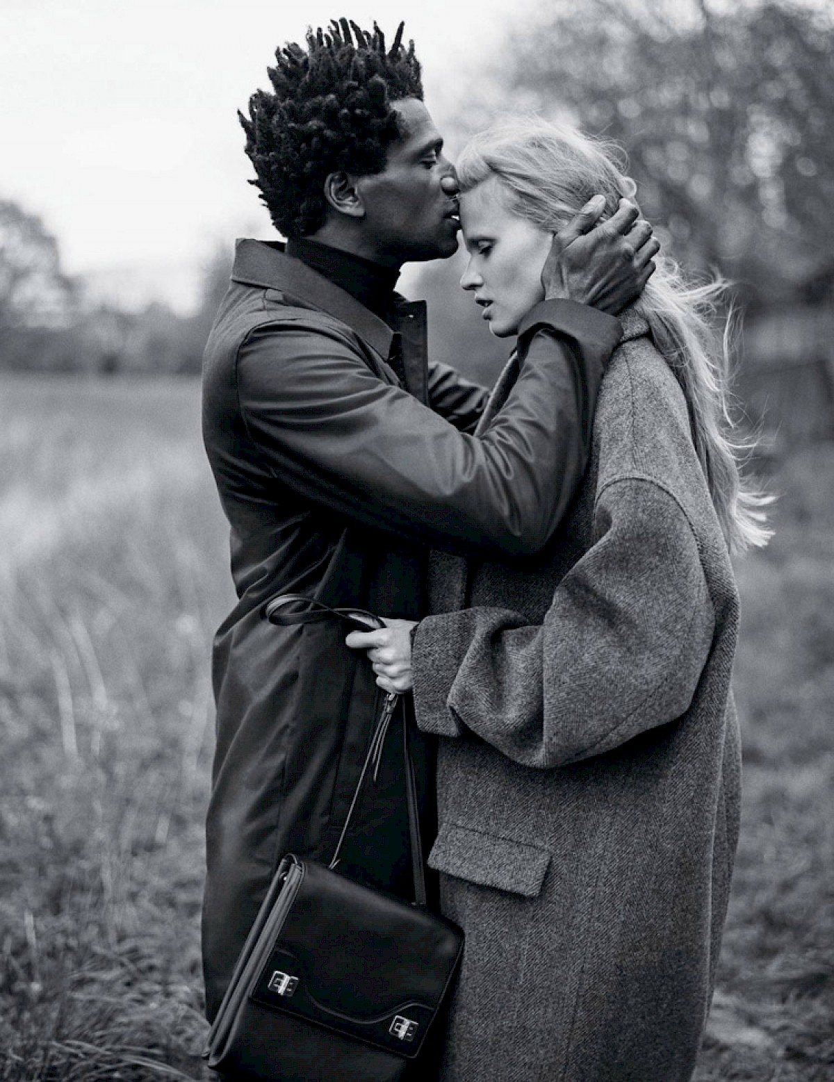 Lara Stone bruce weber b&w fashion photography timeless Vogue inspo textures body timeless moss lindbergh newton avedon demarchelier meisel Alaia Chanel vintage