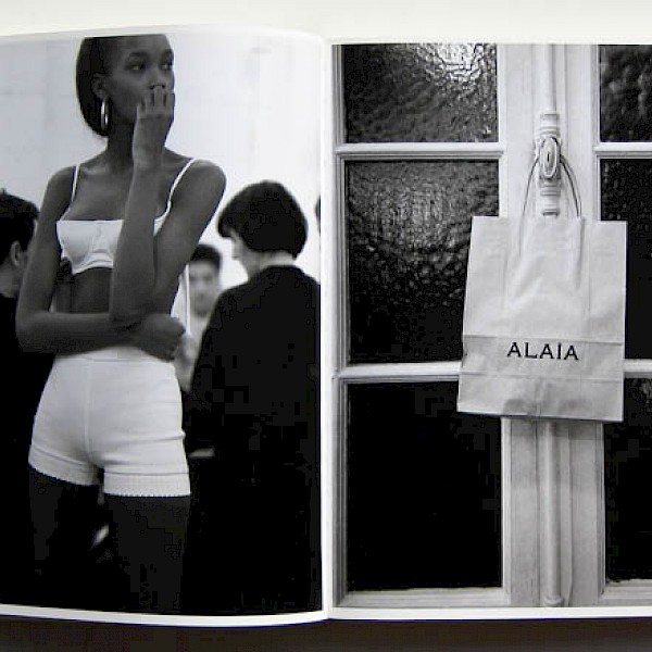 Azzedine Alaïa Alaia backstage 90s Haute Couture b&w fashion photography timeless Vogue inspo textures body timeless moss bruce weber lindbergh newton avedon demarchelier meisel doisneau Alaia Chanel YSL vintage